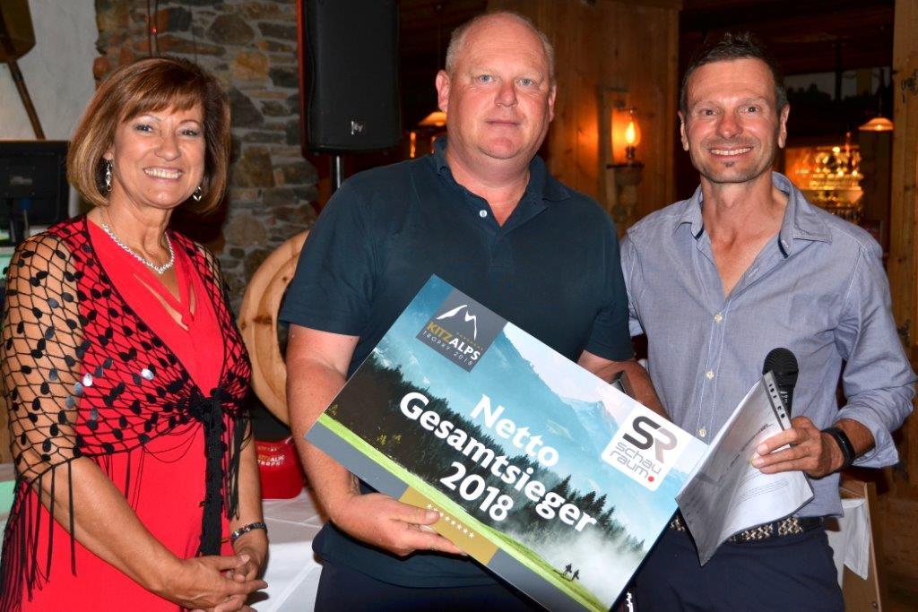 Gerald Graf vom GC Zell am See gewinnt die Nettowertung hauchdünn vor Anna Mauz