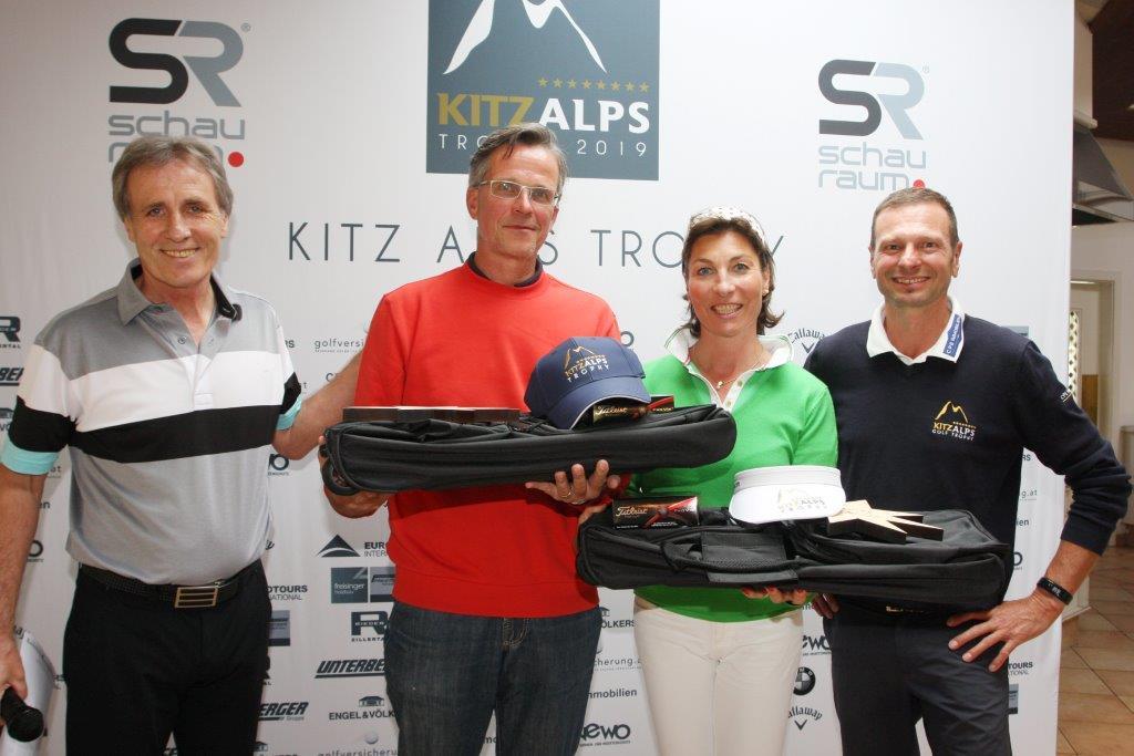 """Clubmanager Willy Österreicher freute sich mit """"seinen"""" Bruttogewinnern"""